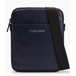 Calvin Klein K50K507047 Axelremsväska